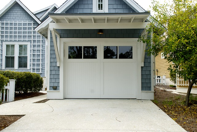 5 Reasons to Replace Your Garage Door